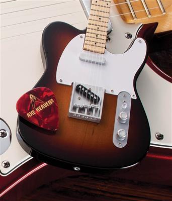 Fender™ Telecaster™ - Sunburst Finish: Gifts