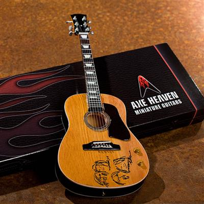 John Lennon: John Lennon Give Peace a Chance Acoustic Guitar: Gifts
