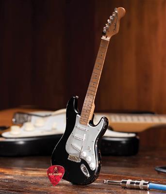 Fender™ Stratocaster™ - Black Vintage Distress: Gifts