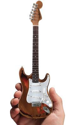 Fender Stratocaster: Gifts