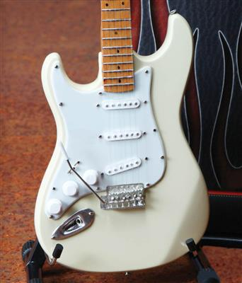 Fender Stratocaster: Gifts