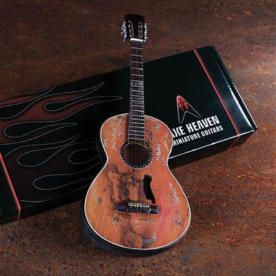 Willie Nelson: Willie Nelson Signature Trigger Acoustic Model: Gifts