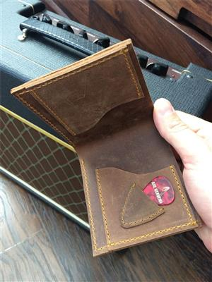 Honey Burst Single Cutaway Electric Guitar Wallet