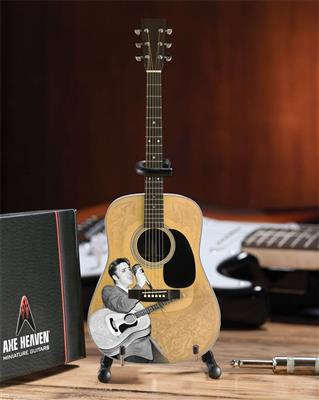 Elvis Presley Signature '55 Tribute Acoustic Model: Gifts