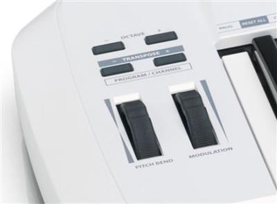 Samson Technologies: Samson Carbon 61 MIDI Keyboard Controller